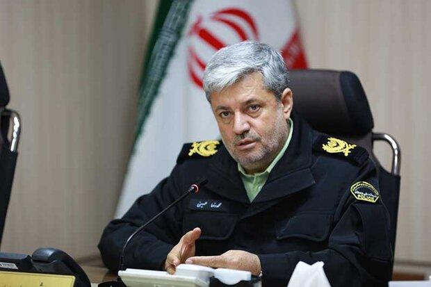 سردار حسینی:  ناجا در تولید ماسک از پارچه کلاه خلبانی ابتکار به خرج داد